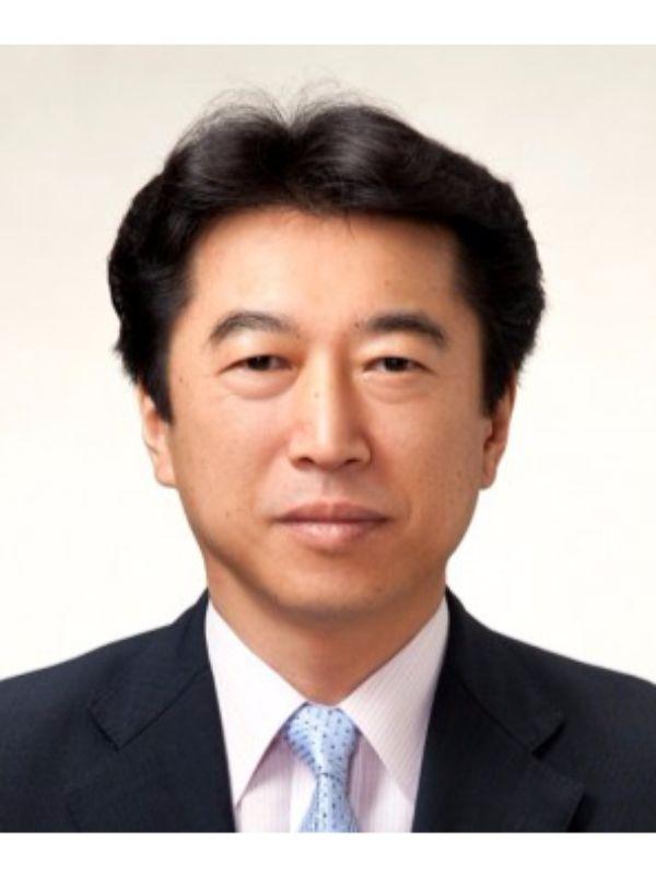 国会議員 足立 信也 - 日本政治....